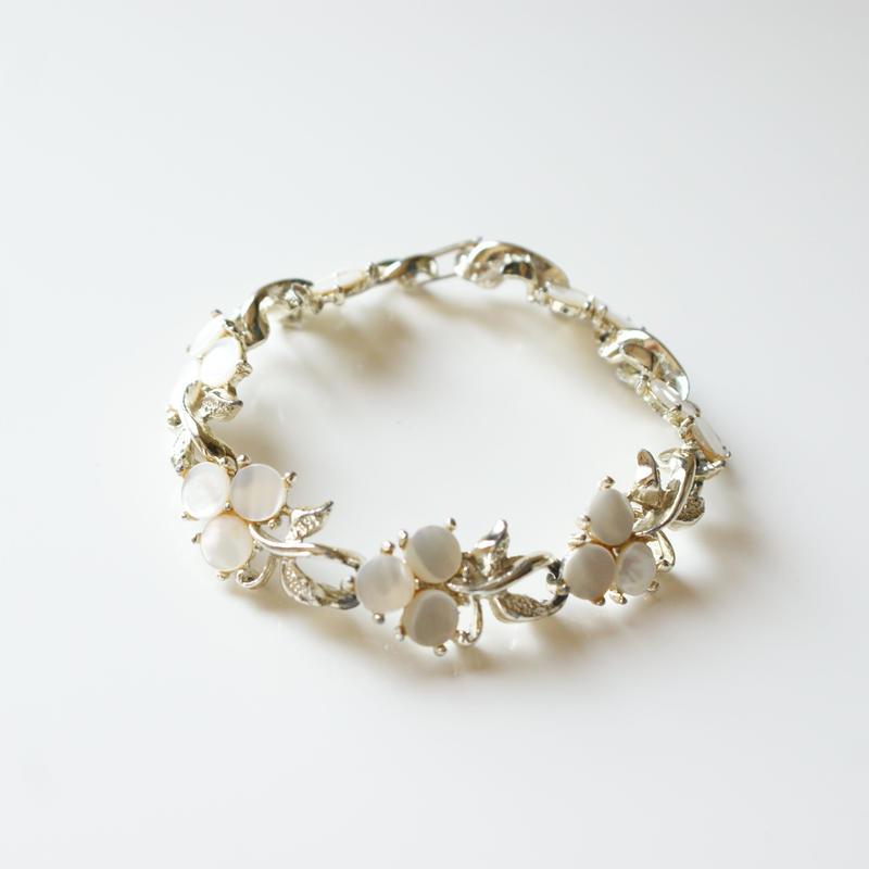 白蝶貝シェル 三つ葉クローバー ブレスレット / ヴィンテージ・コスチュームジュエリー