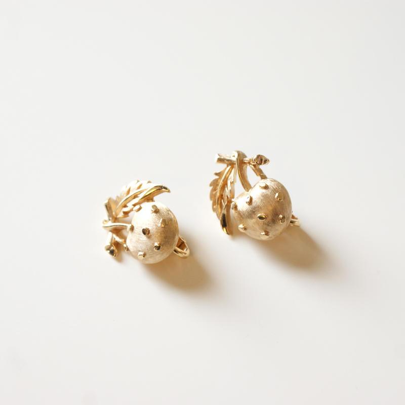 TRIFARIクラウントリファリ りんご イヤリング / ヴィンテージアクセサリー・コスチュームジュエリー