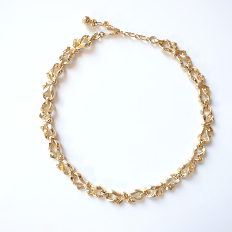 TRIFARIトリファリ ゴールド リボン ネックレス / ヴィンテージ・コスチュームジュエリー