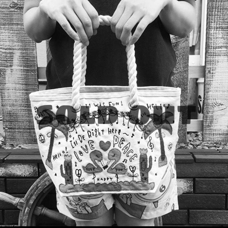 フラミンゴ布帛刺繍キャンバスミニトート