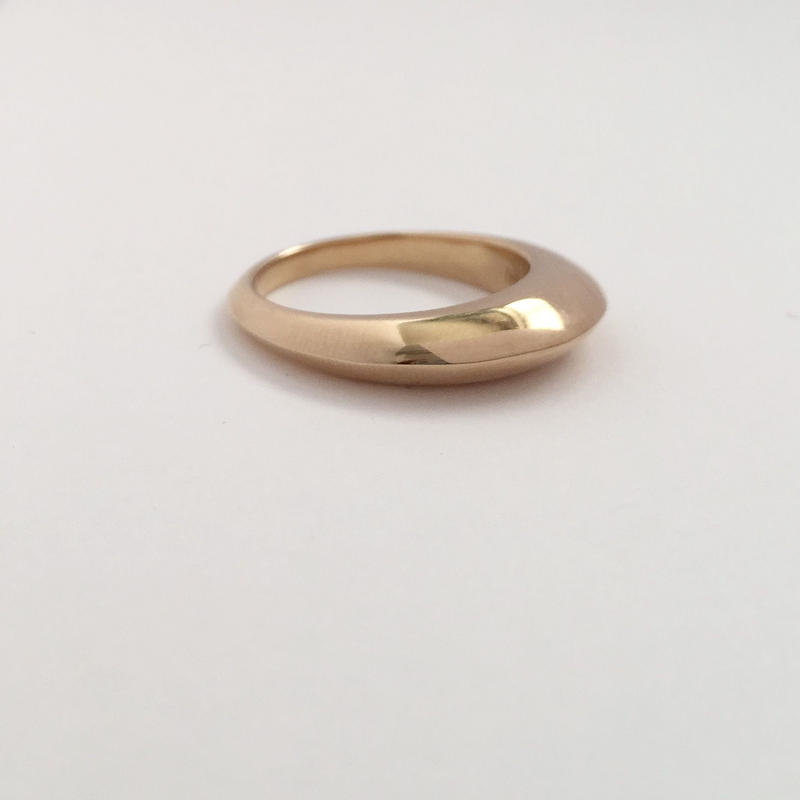 Theo ring in gold