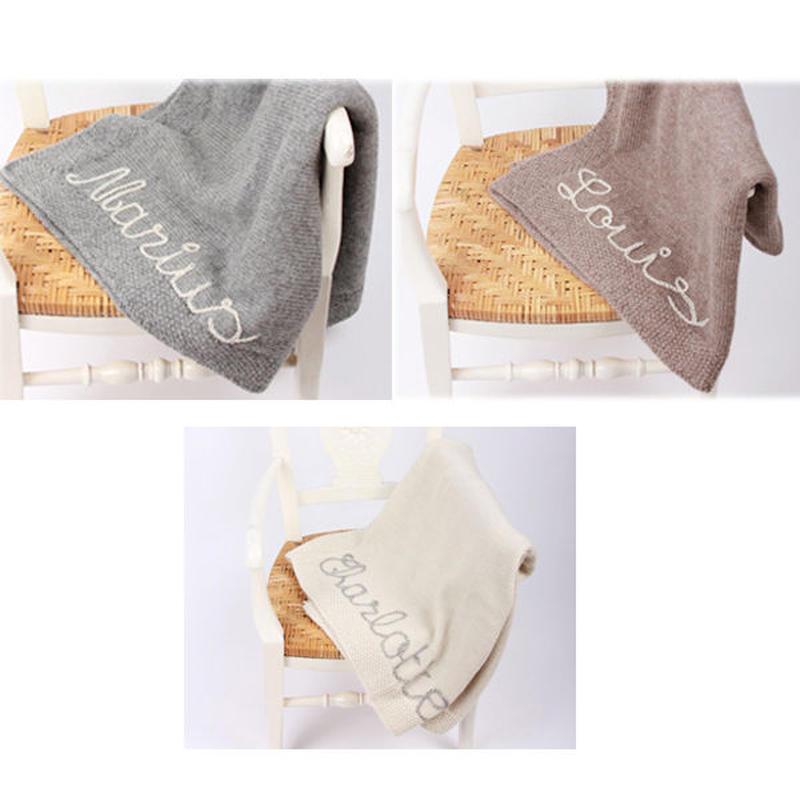 【予約商品】mamy factory お好きな文字の刺繍入り手編みブランケット【サイズ:45x65cm】