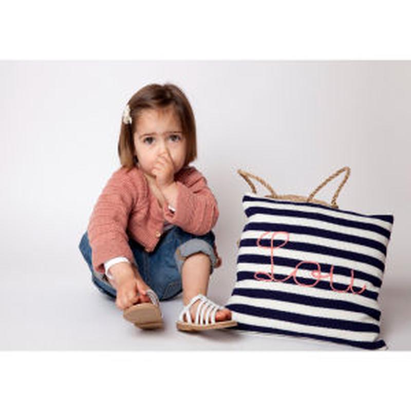 【受注生産品】mamy factory お好きな文字の刺繍入り手編みクッションカバー (14041)