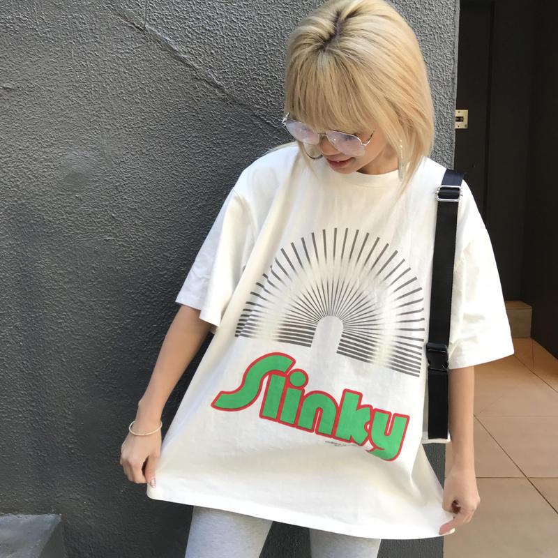 かさかさTシャツ「Slinky」