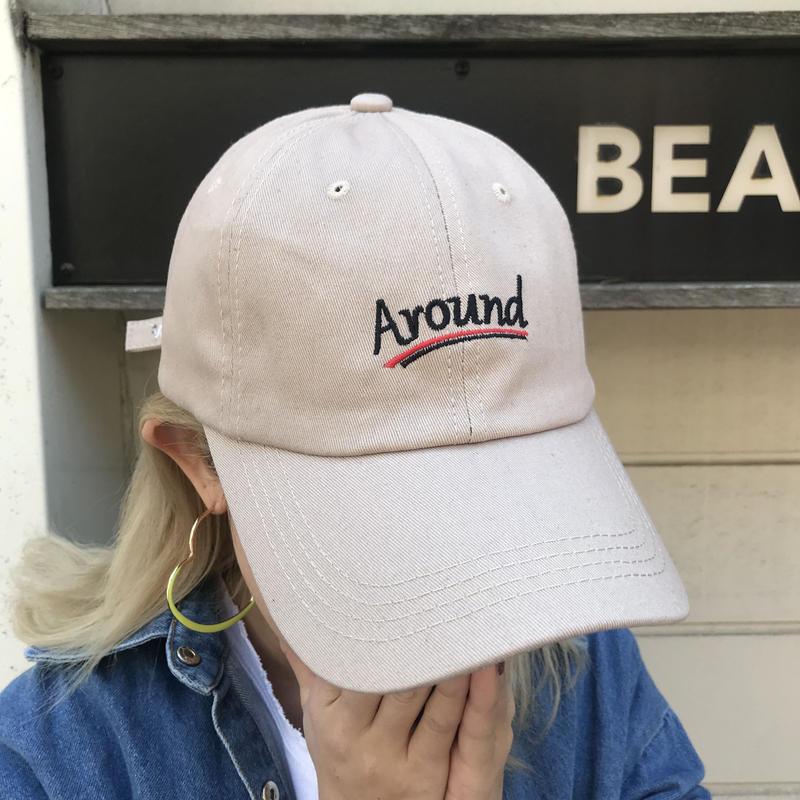 「Around」キャップ