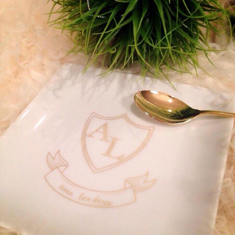 Luxe Emblem◇マットゴールド