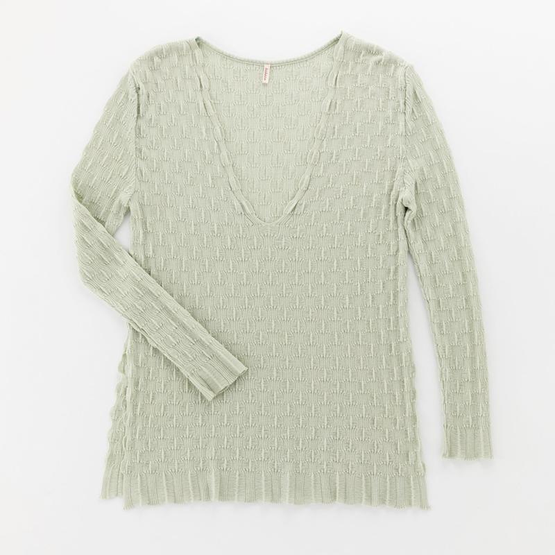 wavy ribbed pullover