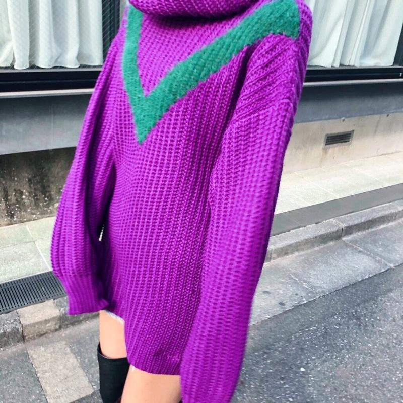 EGGPLANT HIGH NECK SWEATER
