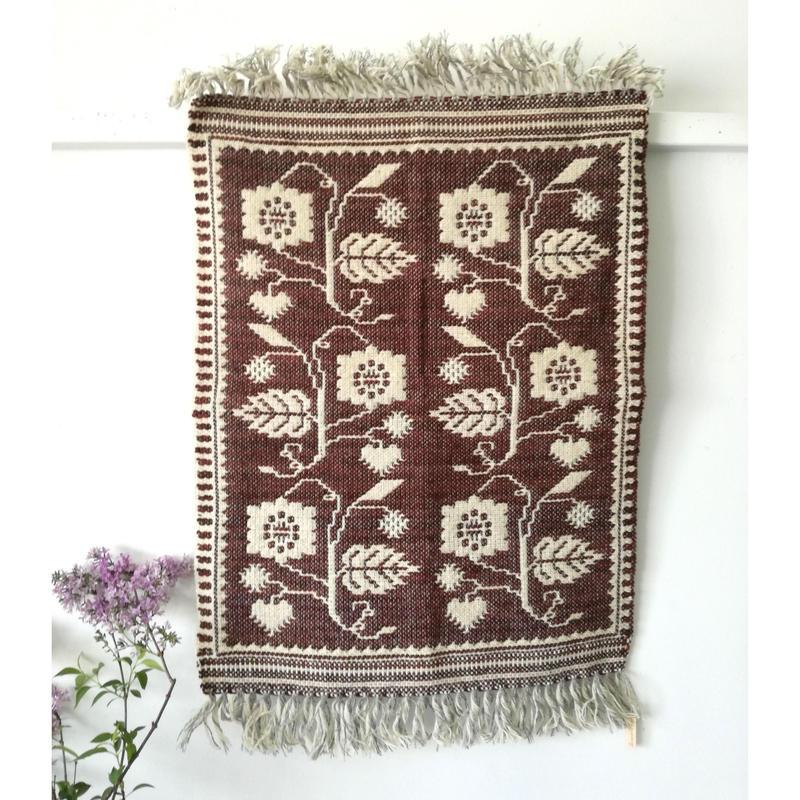 ヤノフ村の織物 タペストリー 葡萄の実と花と葉(49×65cm) #2364