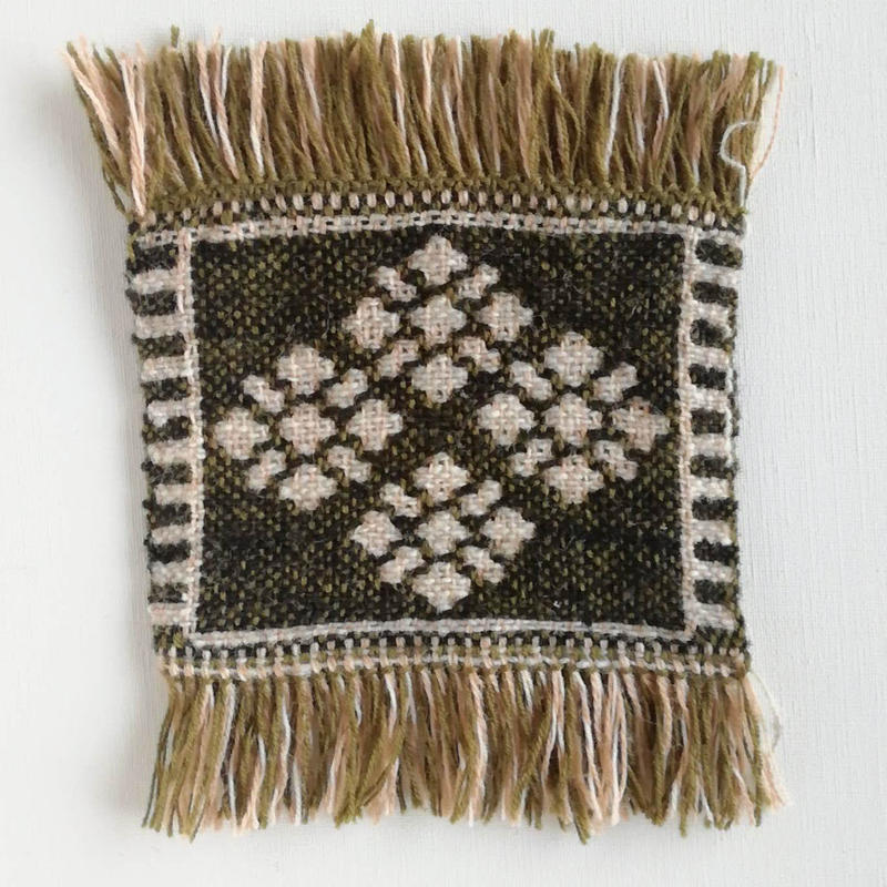 ヤノフ村の織物 コースター 幾何学模様の花(14×11cm)