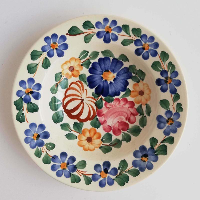 ヴウォツワヴェク陶器 中皿(直径17.5cm)#3200