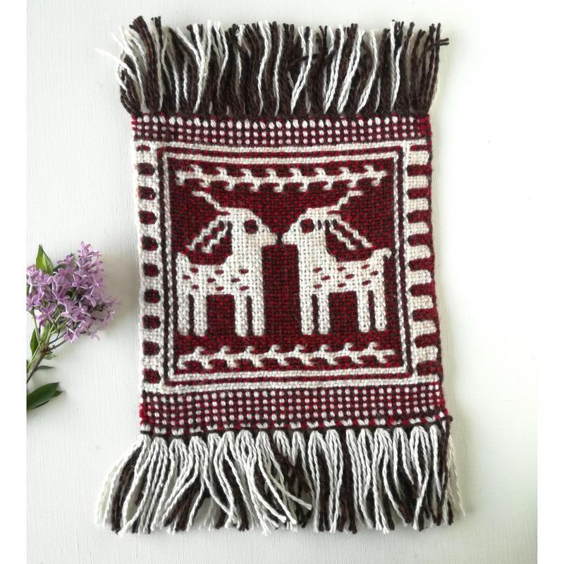 ヤノフ村の織物 ミニタペストリー 向かいあう鹿(18×18cm)#2333