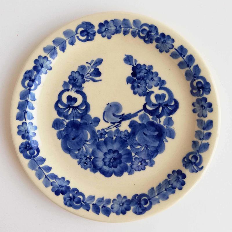 ヴウォツワヴェク陶器 平皿(直径19cm)#3224