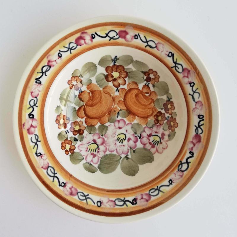 ヴウォツワヴェク陶器 中皿(直径17.5cm)#3527