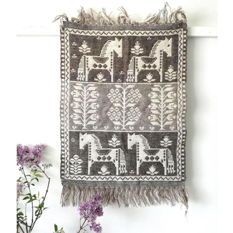 ヤノフ村の織物 タペストリー 馬と木々(47×65cm)#2401