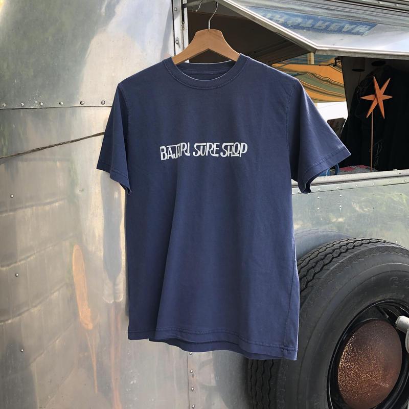 BAJARI SURF SHOP Tシャツ