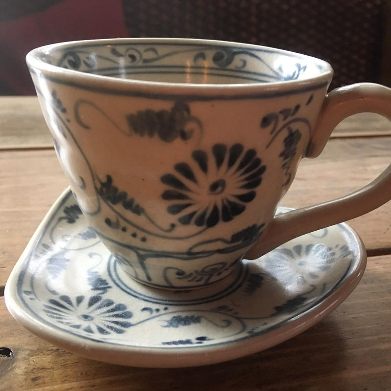 バッチャン焼きコーヒーカップ&ソーサー
