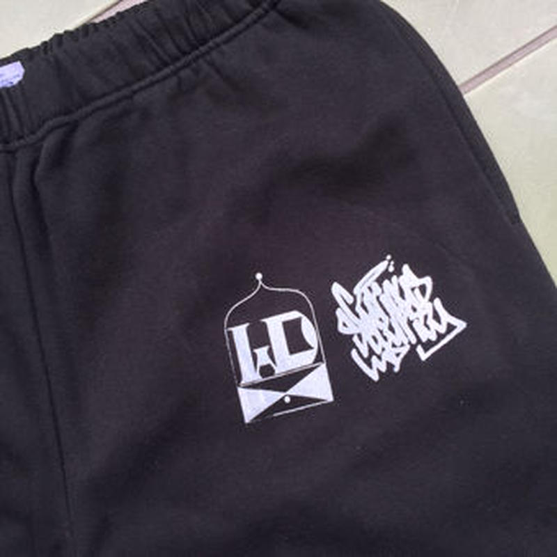 WDsounds x CURIOUS SECURITY tour life SWEATPANTS BLACK