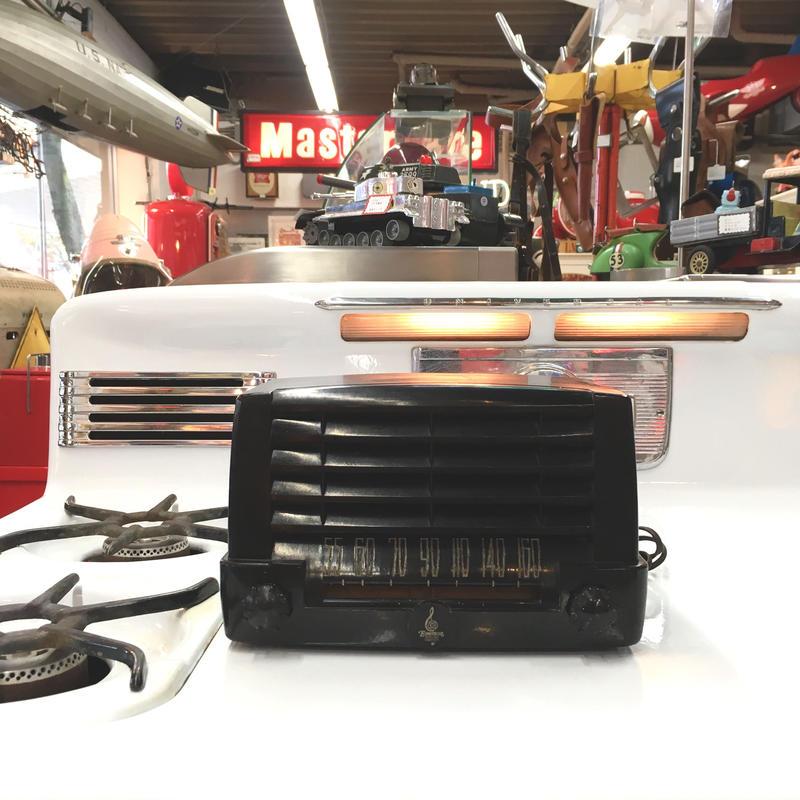 [Radio] 真空管ラジオ USA Emerson model547A