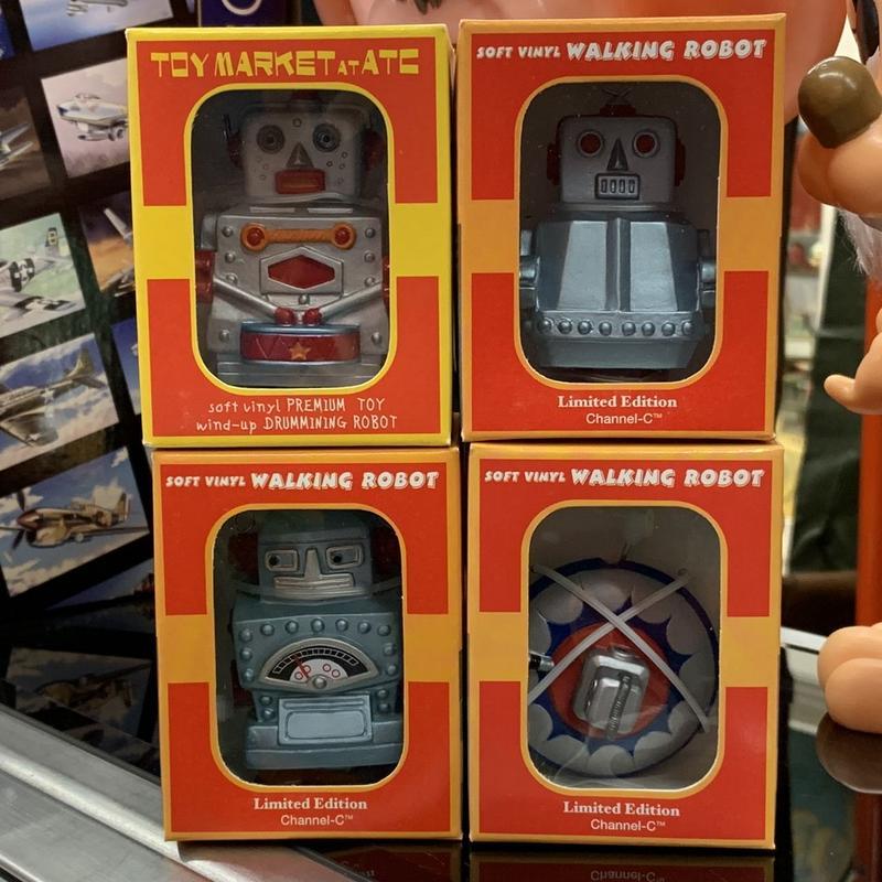 [Toy] ウォーキングミニロボット&UFO 4個セット
