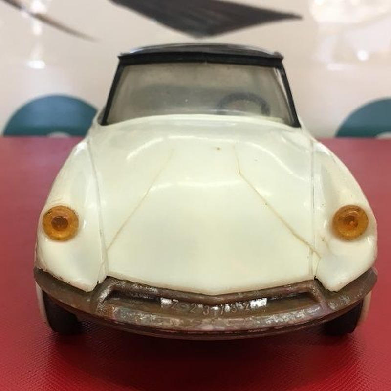 [Toy car] CITROEN DS19