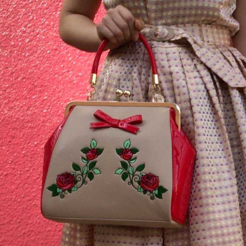 Banned apparel rose embroidery kiss rock handbag