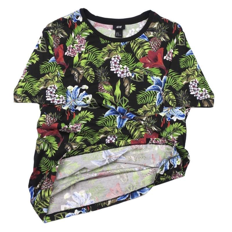 H&M(エイチアンドエム) ボタニカルTシャツ