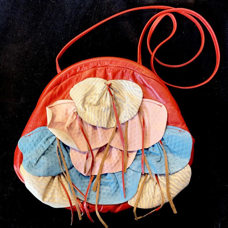 【Vintage】1980's leather shoulder bag / レザーデザインショルダーバッグ