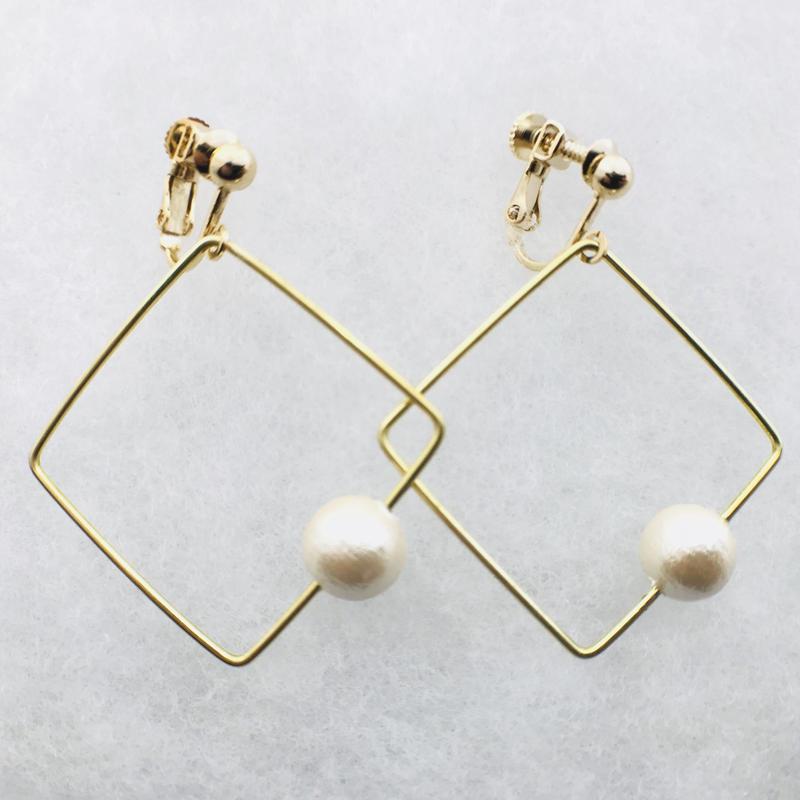 sikaku pearl earring [VE-002k]
