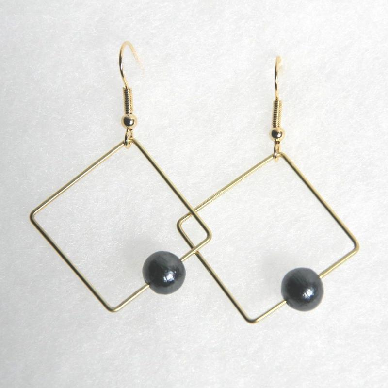 sikaku pearl pierce [VP-032b]