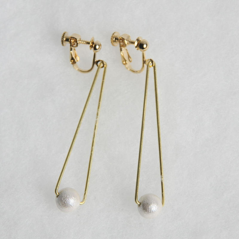 sankaku pearl earring long [VE-004w]
