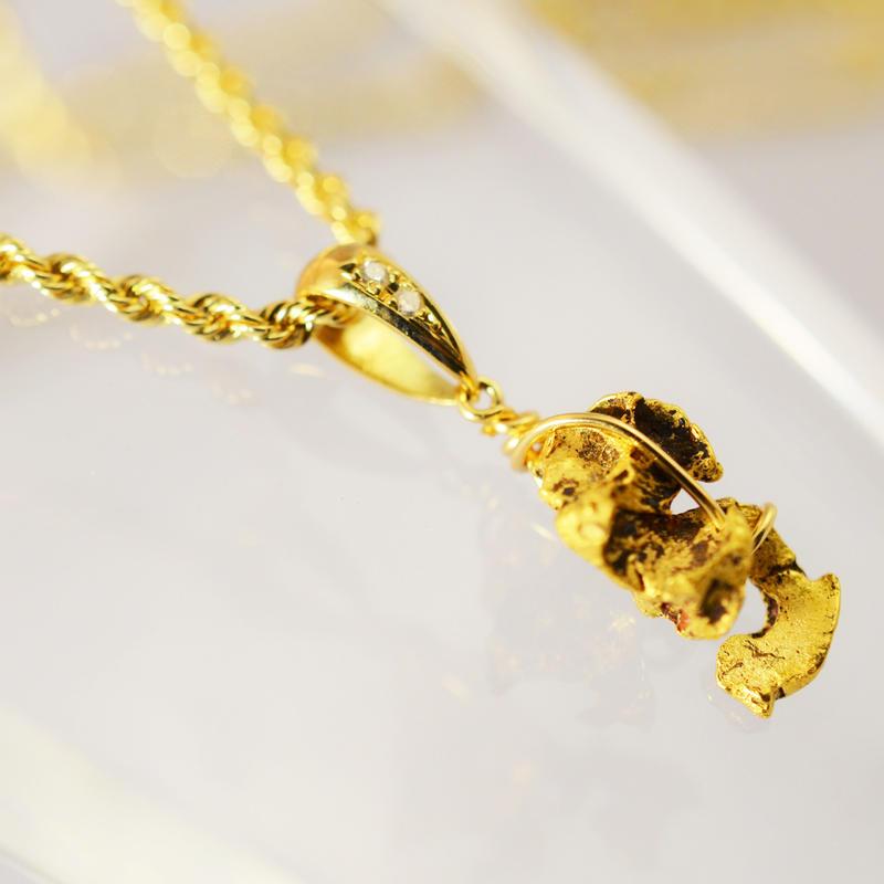 パラサイトイミラックK18 天然ダイヤモンド ネックレス