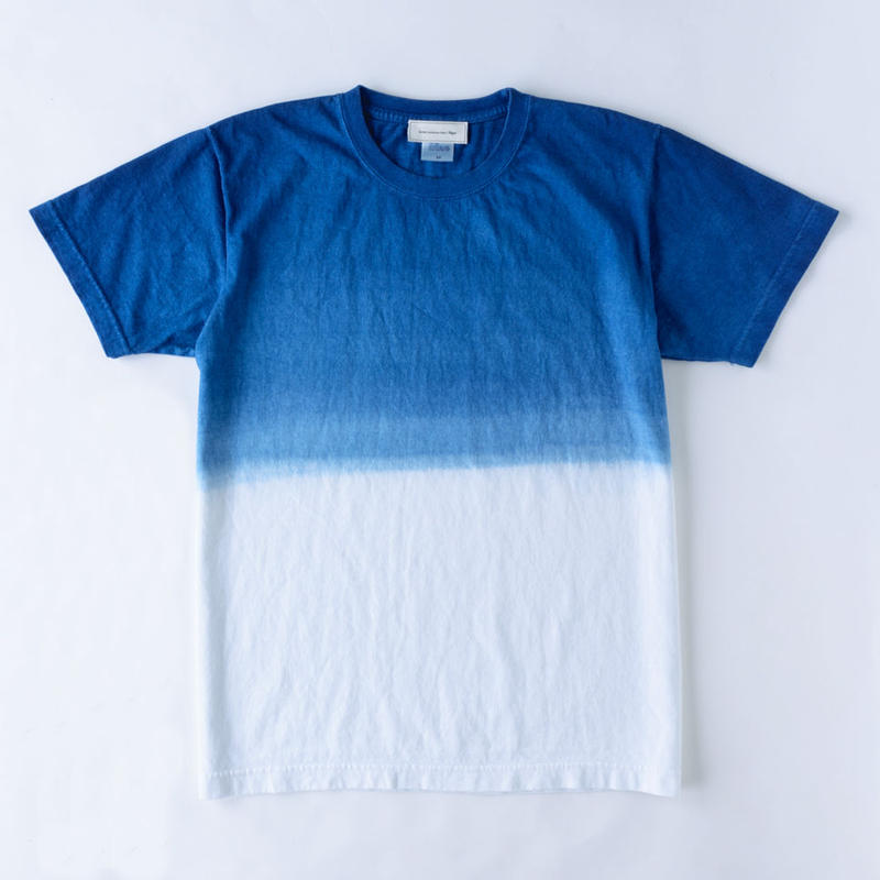 T-Shirt / Gradation Blue