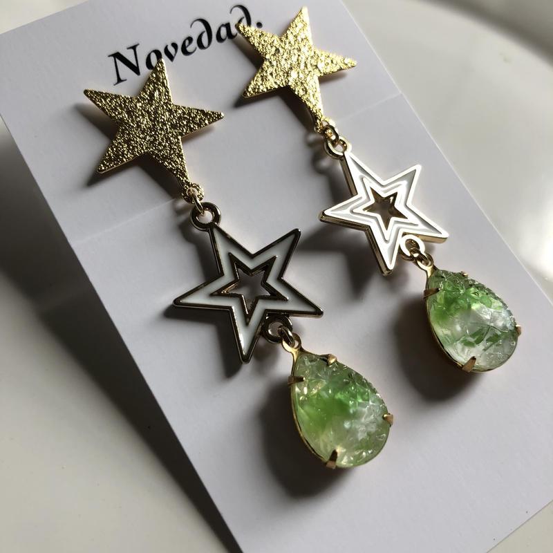 W star×Vintage stone earring