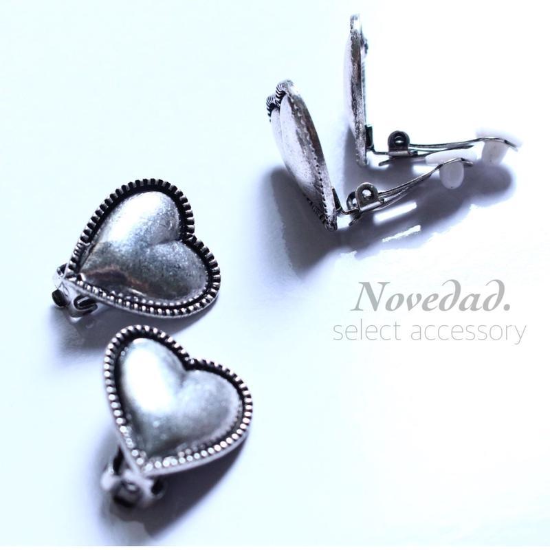 simple Heart earring
