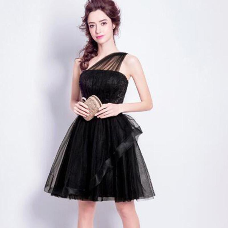 パーティードレス  ワンショルダー風 ベアトップ 二次会 結婚式 披露宴 司会者 舞台衣装 ミニ丈 ブラック