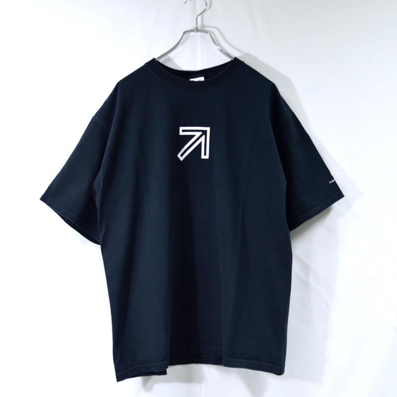 arrow sign tee shirts [T-0049]