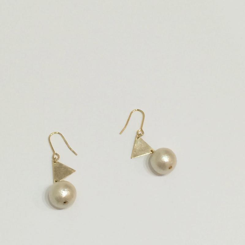 triangle*cotton pearl ピアス