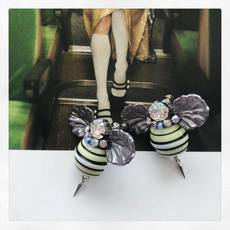 Casual bee