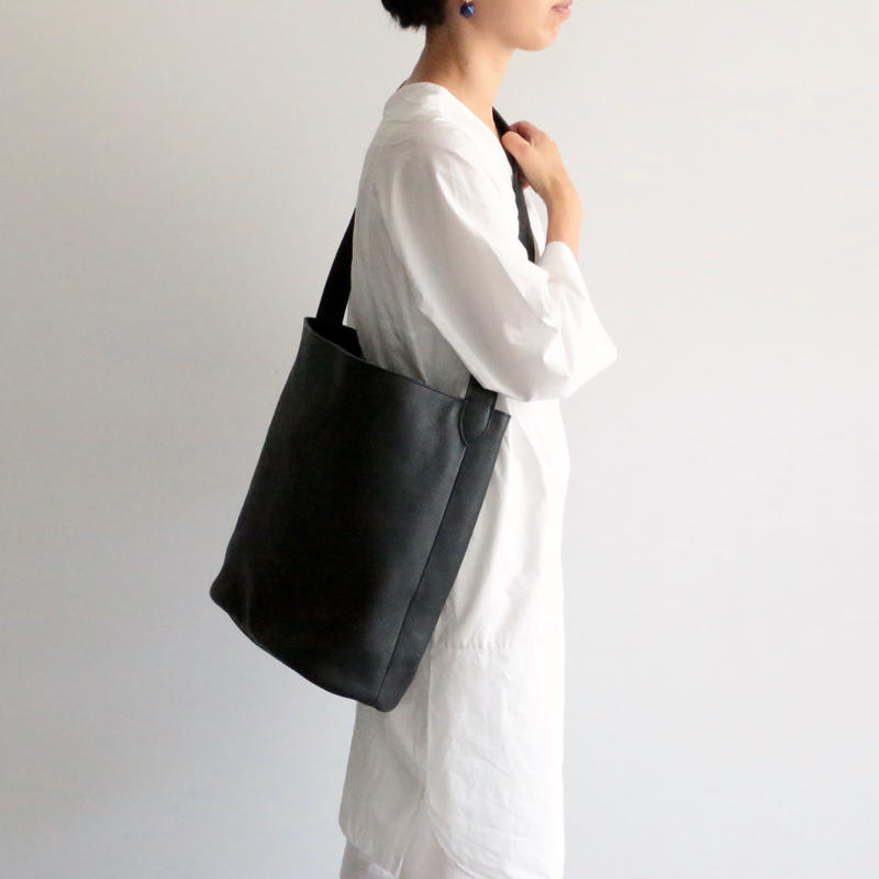 archipelago original/ Leather shoulder bag