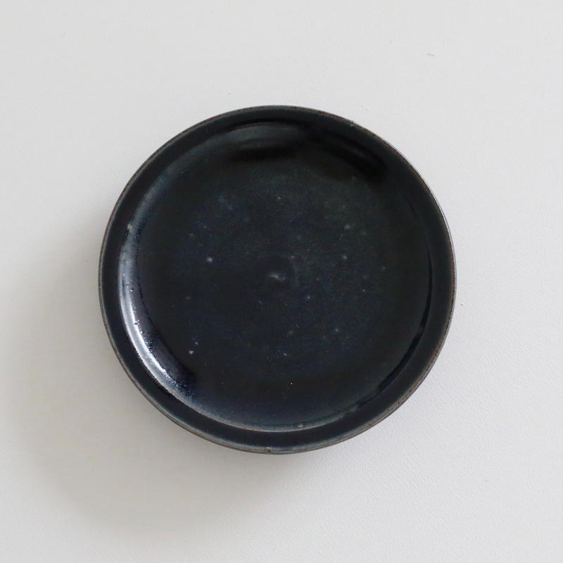 田谷直子/8寸皿リム(黒瑠璃)