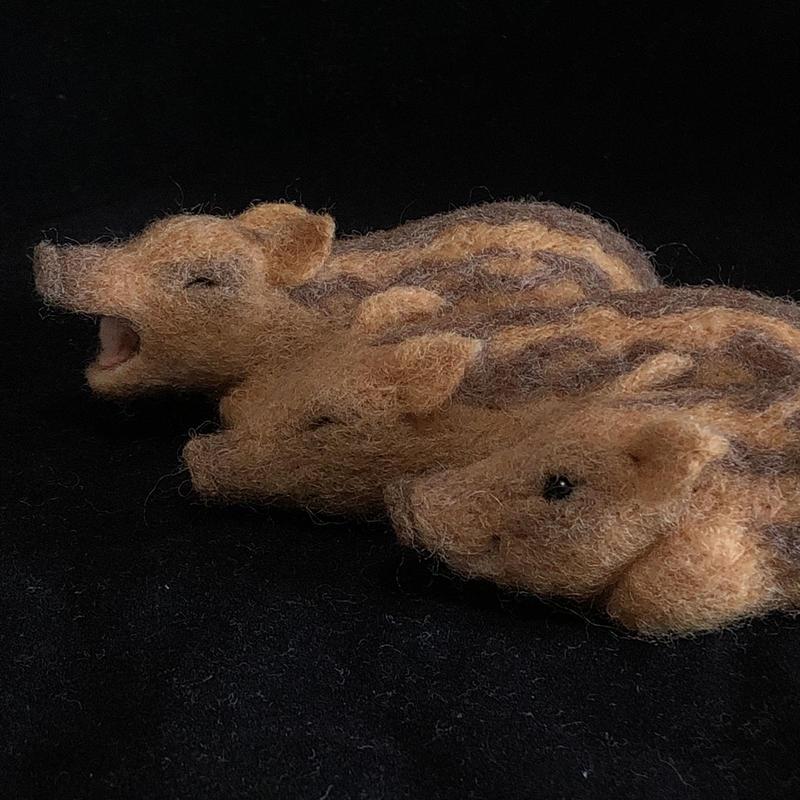 ウリ坊ブローチ (起/眠/あくび)羊毛フェルト/ のそ子