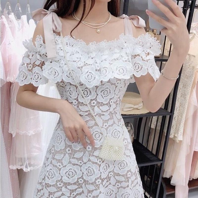 Satin ribbon shoulder lace dress(No.300671)