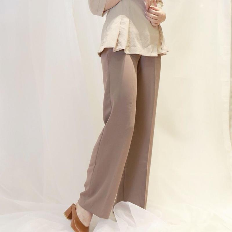 basic line pants