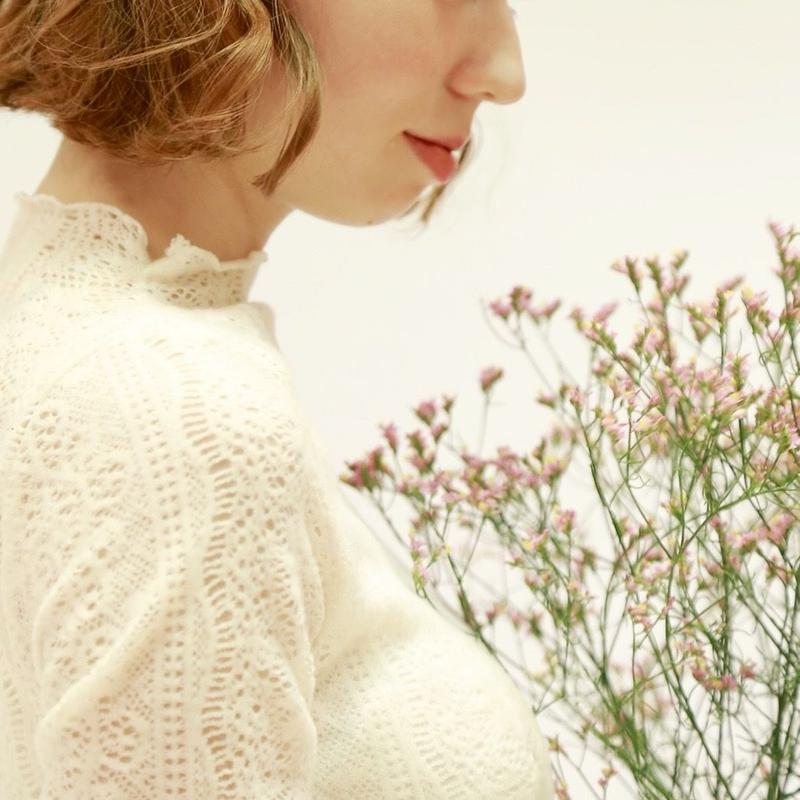 blanche lace tops