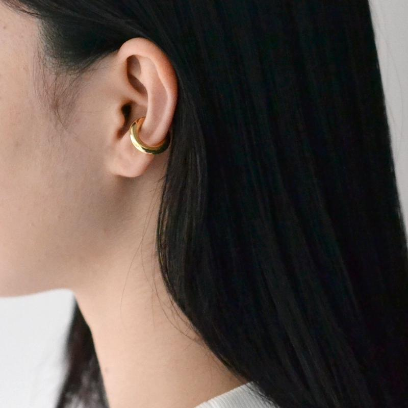 【予約商品】 Saskia Diez / BOLD EARCUFF No.2 / GOLD / Mini