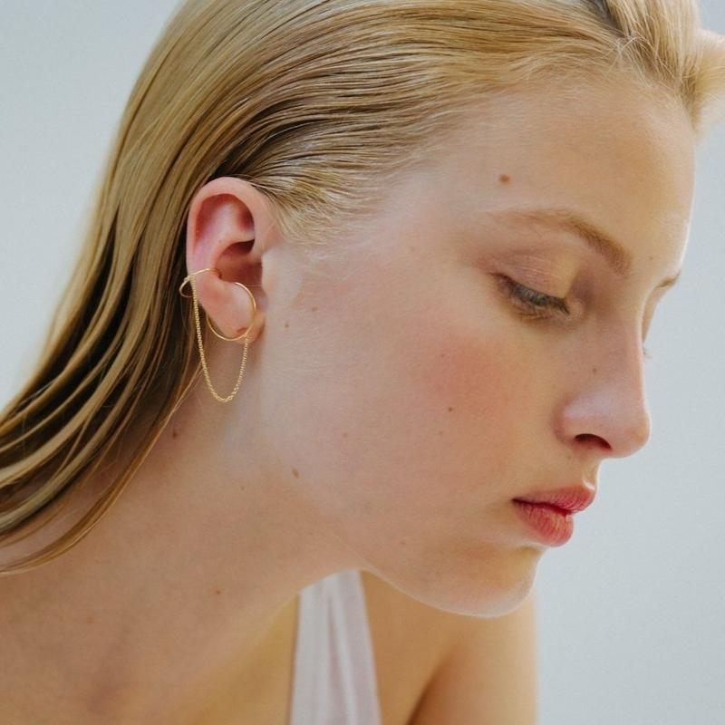 【予約商品】Saskia Diez / GOLD WIRE DOUBLE EARCUFF CHAINED / Mini