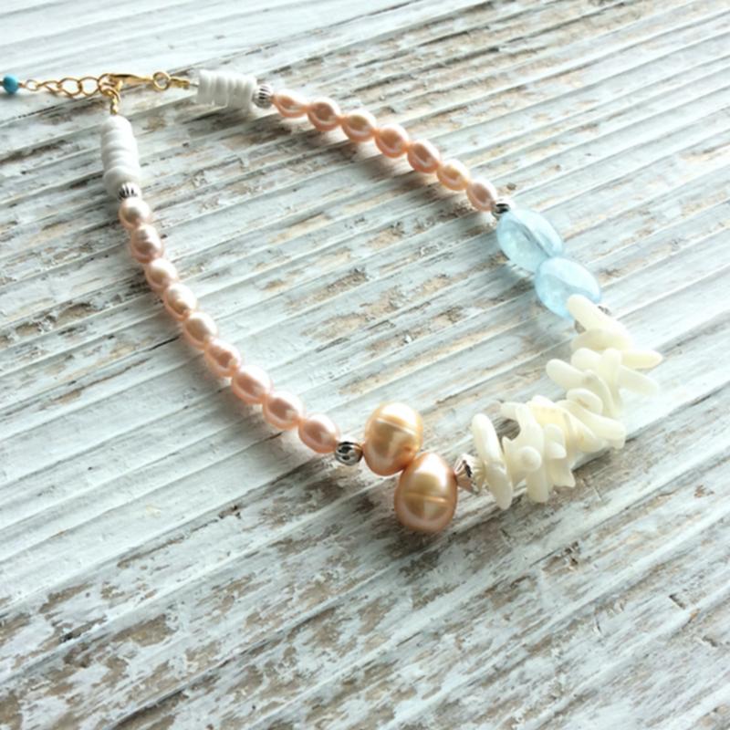 ウミタケ珊瑚と淡水パール(ピンク)のワイヤーブレス