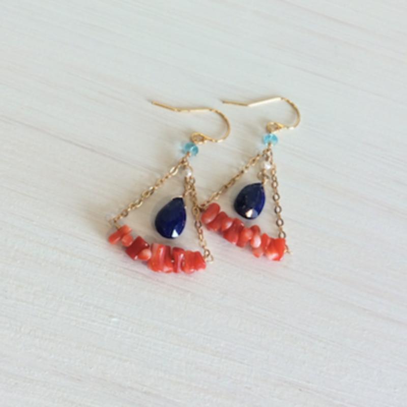 赤珊瑚とラピスラズリのシャンデリアピアス