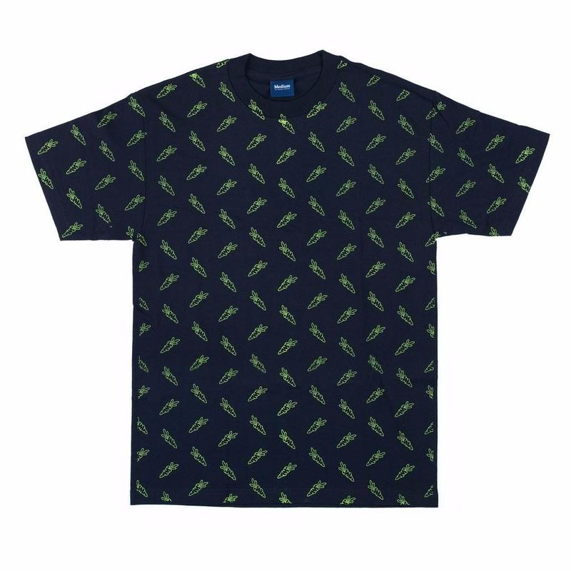 CARROTS ALL OVER CARROT S/S TEE    NAVY